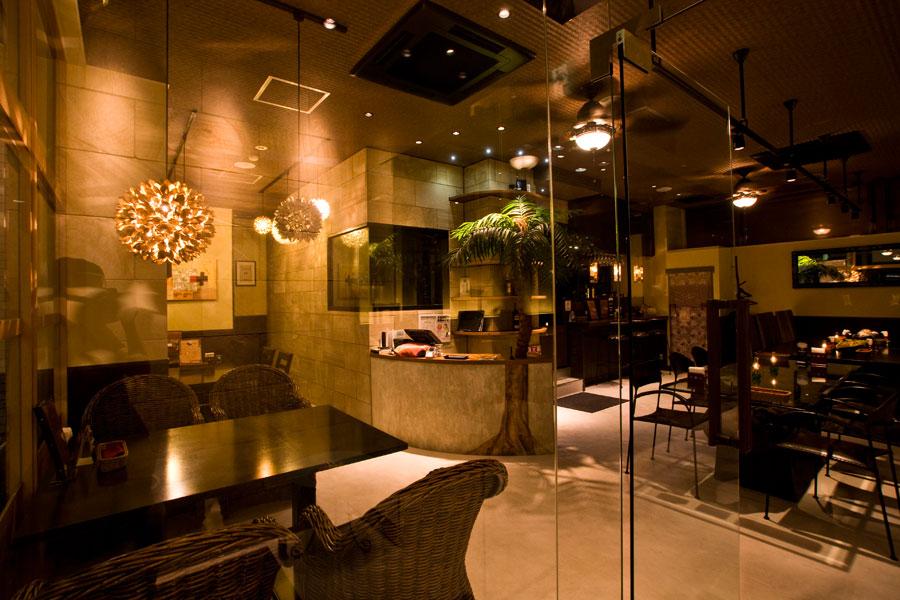 アジアンスタイル実例 インド料理店「インドの恵み」