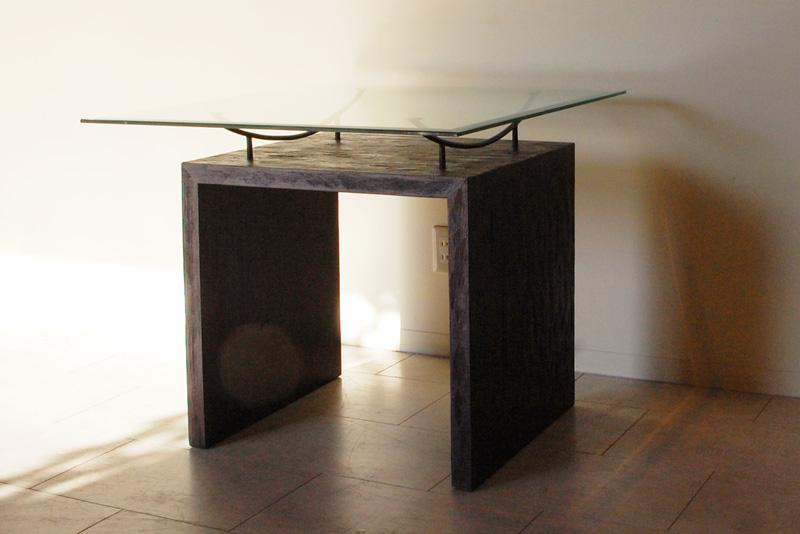 アジアンオーダー家具事例 オリジナルオーダーのディスプレイテーブル