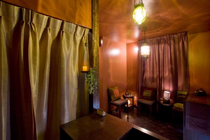 アジアンスタイル実例 タイ古式マッサージ店「SAVAIDEE中野店」