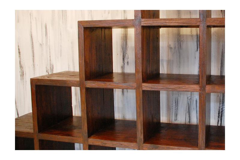 アジアンオーダー家具事例 オリジナルオーダーのステップシェルフ