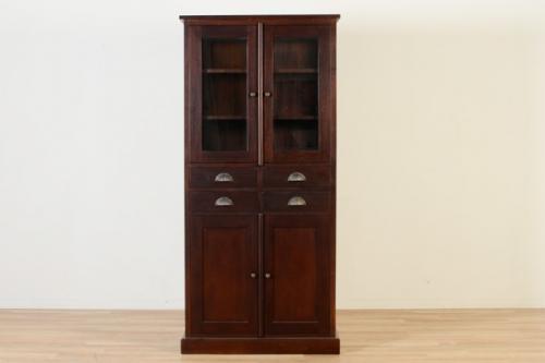 食器棚でも、本棚でも。