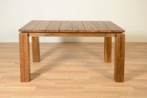 すのこ状のチークダイニングテーブル