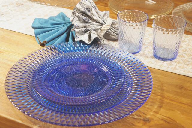 アジアン雑貨KAJAガラスウェアのテーブルコーディネート