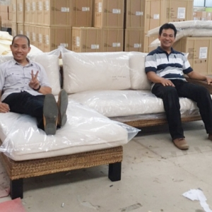 アジアンインテリアKAJAのソファ