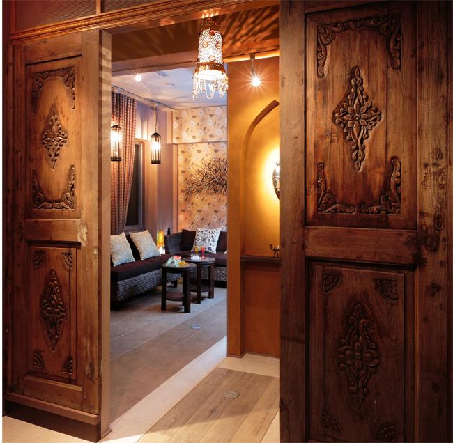 アジアン家具KAJA古材の扉の使用実例