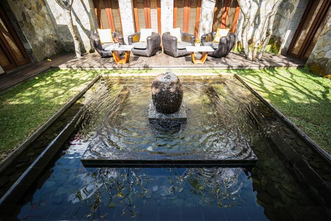 アジアンインテリアKAJAリゾート中庭