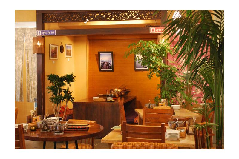 アジアンスタイル実例 アジアンレストラン「アムリタ食堂」