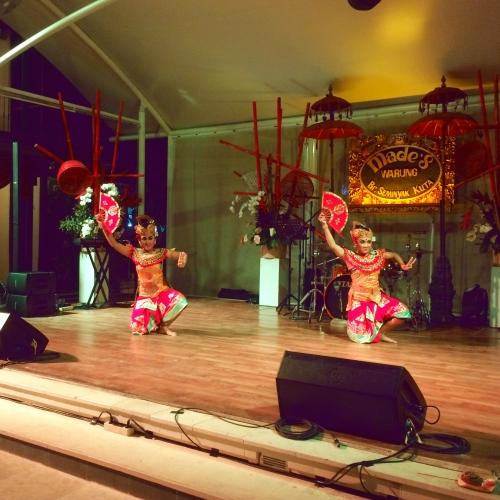 バリ伝統舞踊