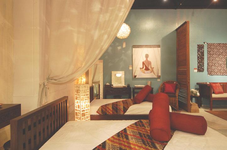アジアン家具KAJAスパやヨガにおすすめボルスタークッション