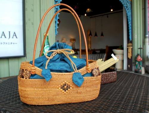 バリの伝統工芸アタバッグ