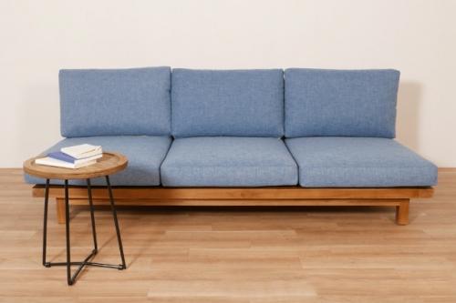 ロータイプのソファ