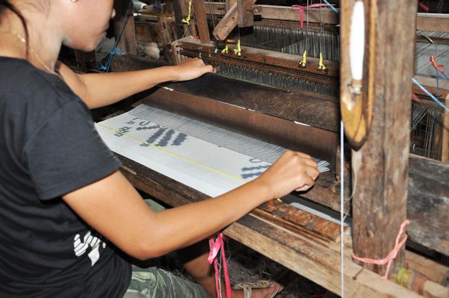 アジアン家具KAJAインドネシアのイカット