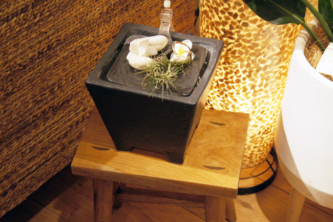 アジアン家具・雑貨KAJA水のオブジェ