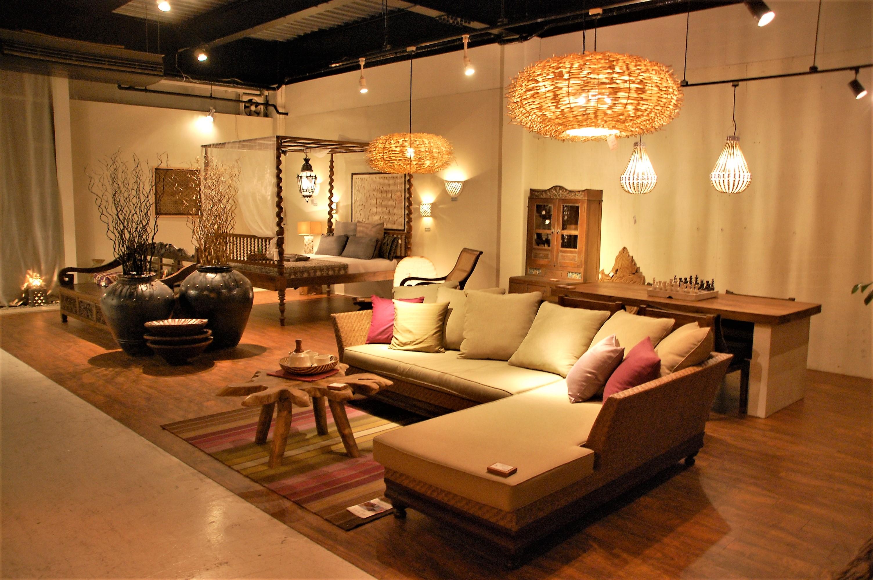 KAJA_大きな家具
