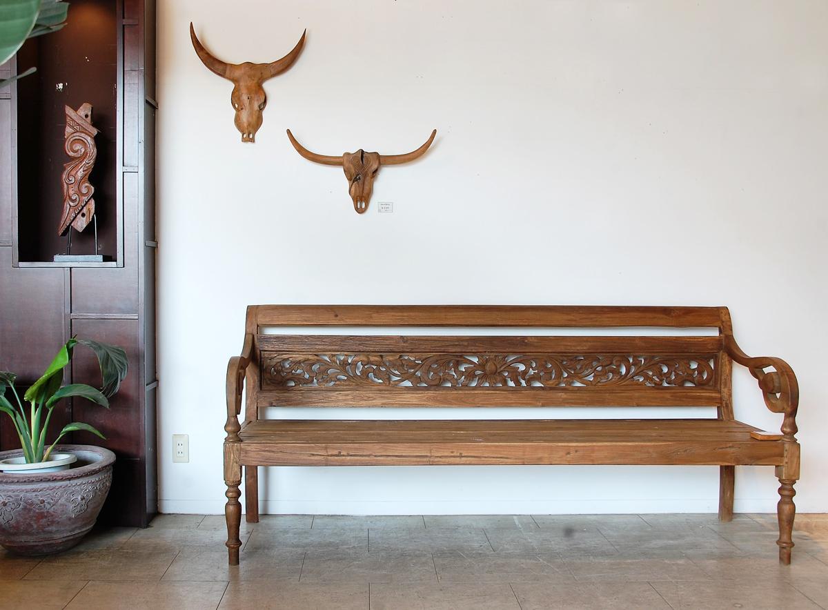 アジアン家具KAJA調布店の一点ものベンチ