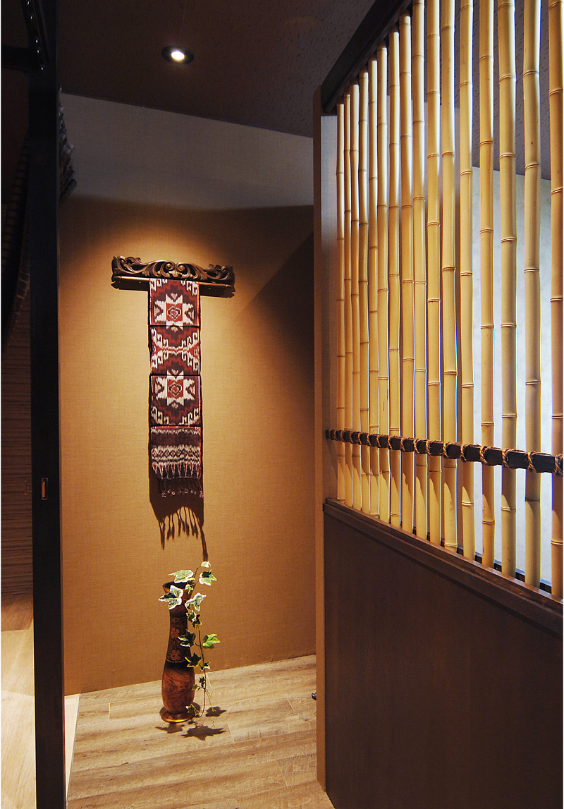 アジアン家具インテリアKAJAイカットのあるコーディネート