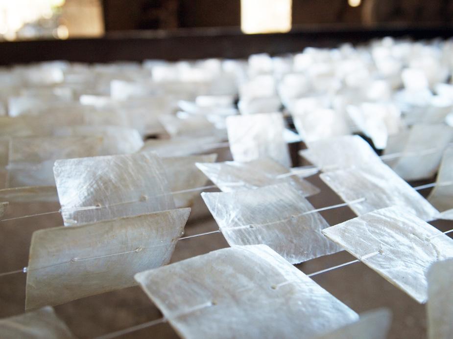 アジアン家具KAJA照明など使われるカピス貝