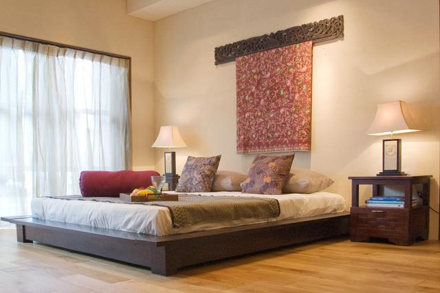 アジアン家具KAJAバリ風のリゾートベッドルーム