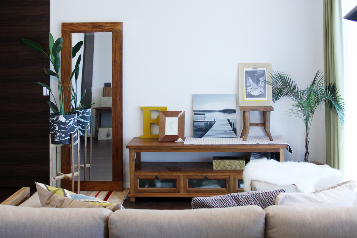 無垢材の家具と毎日のリラックスを大事にしたリビングダイニング2