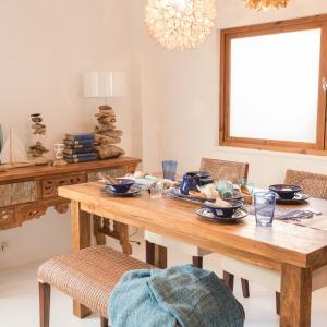 アジアン家具KAJA古材レリーフコンソールテーブルのコーディネート実例