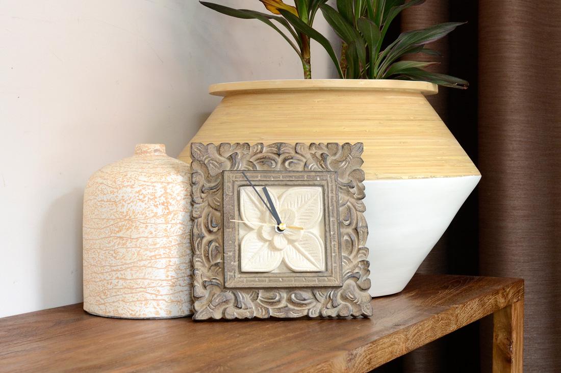 アジアン家具KAJAストーンレリーフの時計