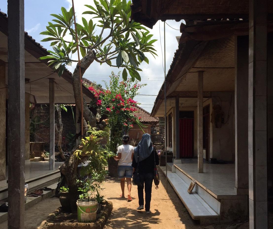 アジアン家具KAJA買い付けバリ島インドネシア