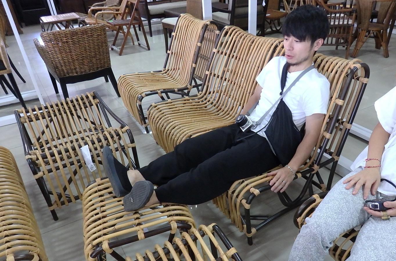 アジアン家具KAJA買い付け座り心地チェック