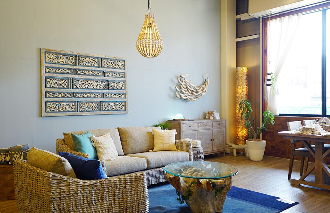 アジアン家具KAJAバイヤーオススメランプのあるコーディネート