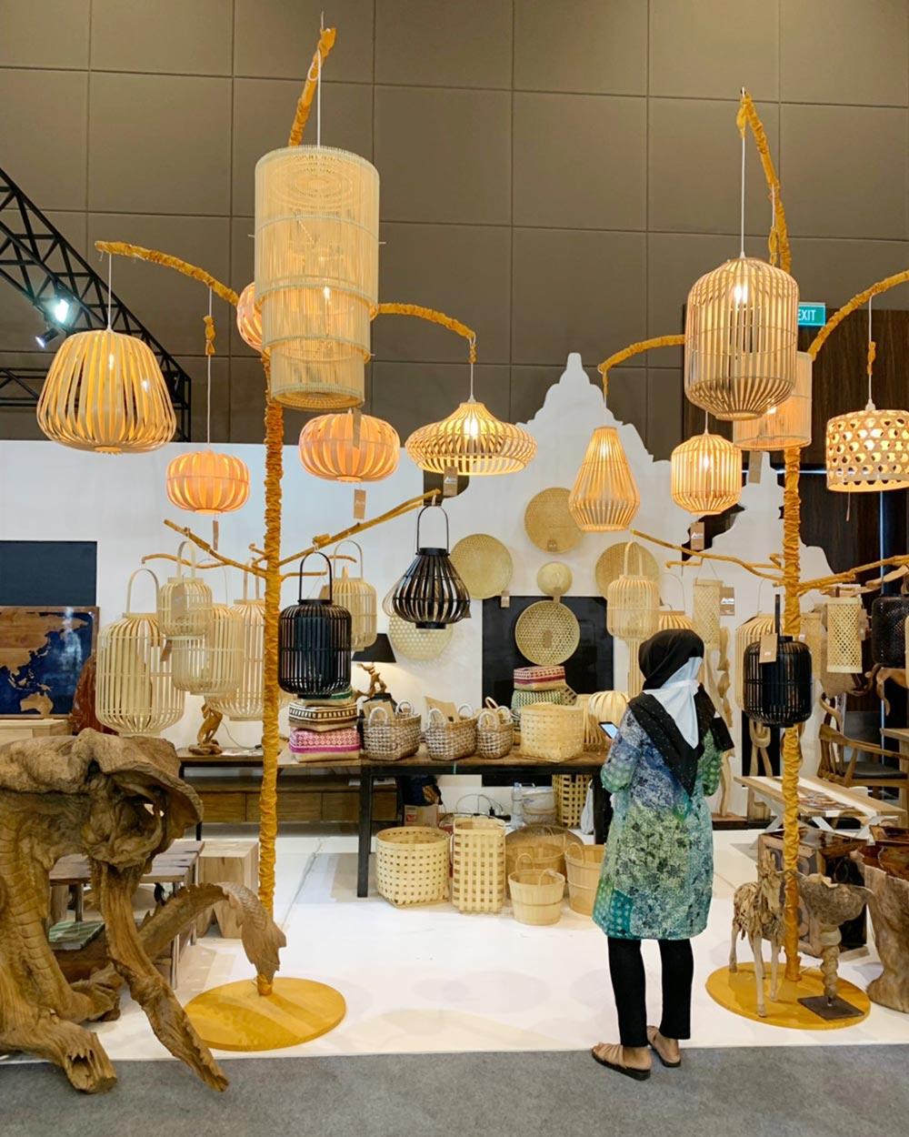 ジャカルタの家具の展示会ランプ