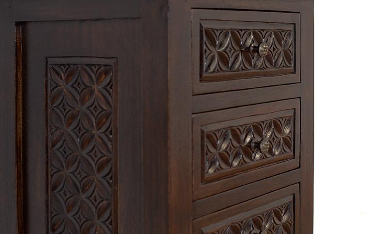 アジアン家具ウッドレリーフの入った家具