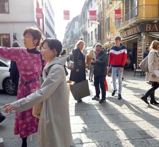 アジアン家具KAJAミラノ研修での様子