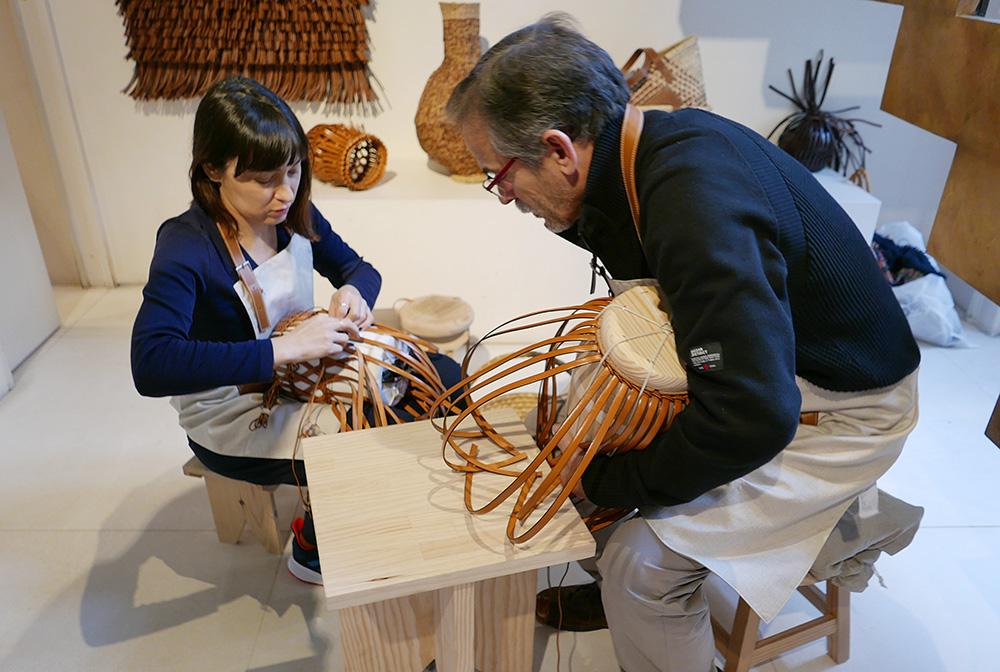 アジアン家具KAJAミラノのロエベのくクラフトマンシップ