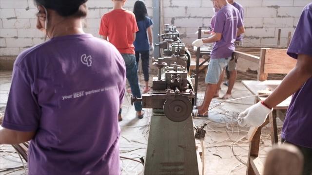 アジアン家具KAJA家具工場での製作過程