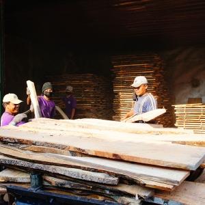 アジアン家具KAJAインドネシアのチーク材