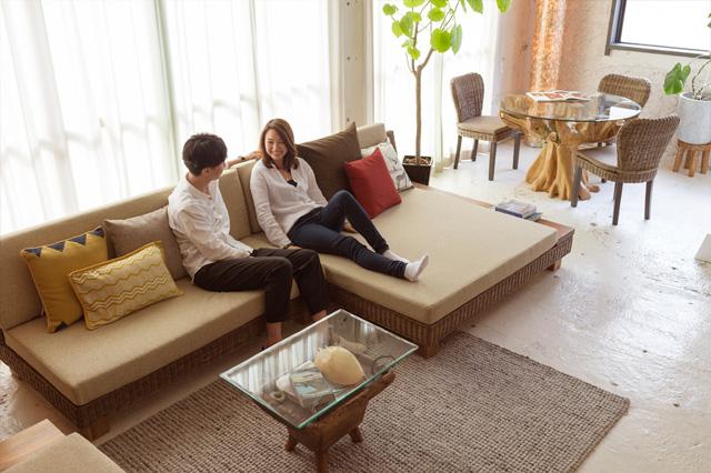 アジアン家具KAJAヌーソファの使用イメージ