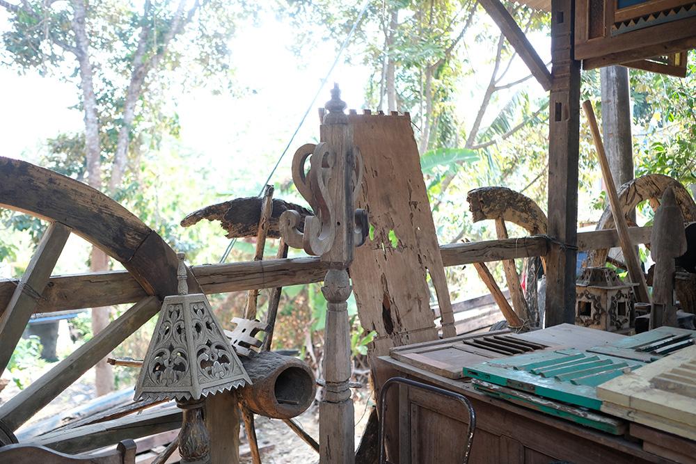 アジアン家具KAJAインドネシアの工房の一角
