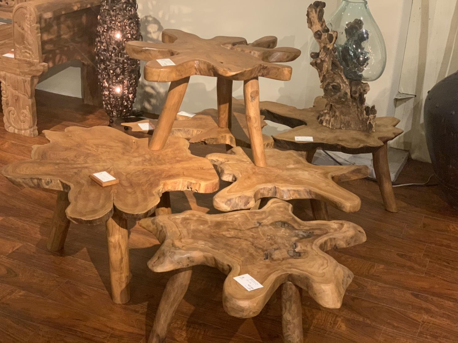 アジアン家具KAJA個性的な古材のテーブル2