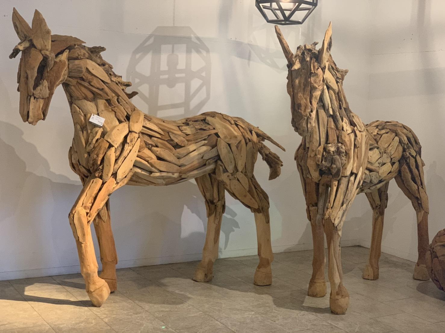 アジアン家具KAJA馬のビッグオブジェ