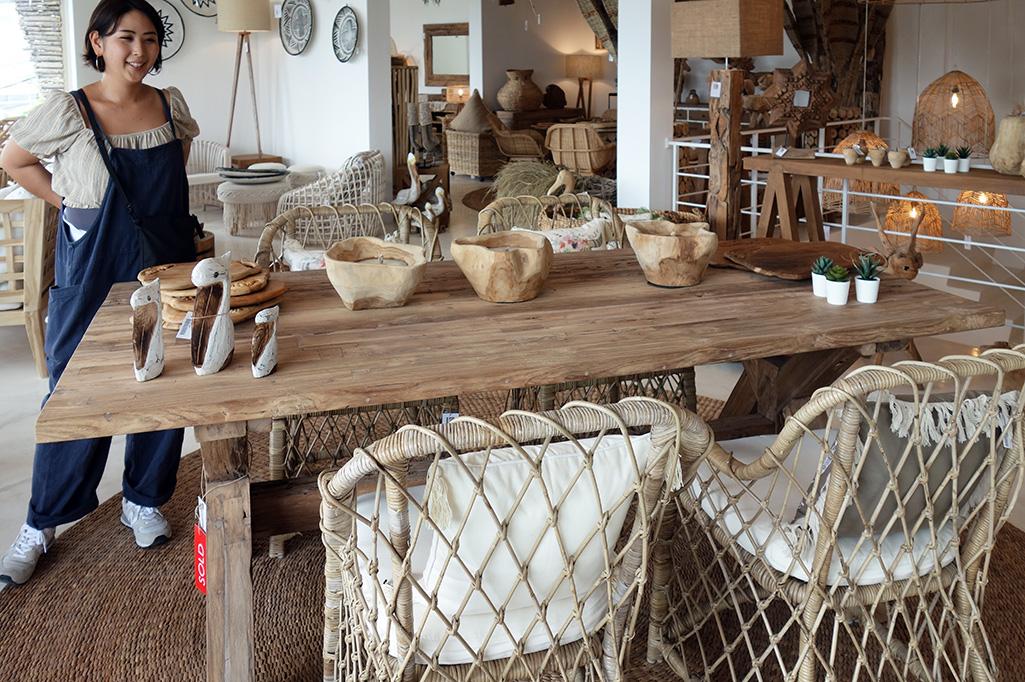 アジアン家具バリ島の様子