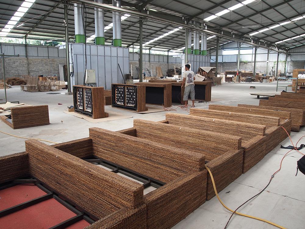 アジアン家具KAJAバナナソファの工場2