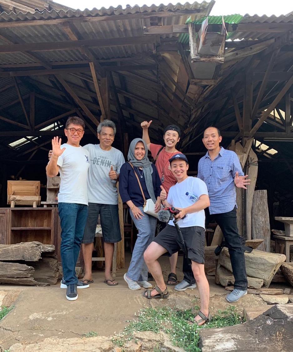 アジアン家具KAJAインドネシアでの買い付けメンバー