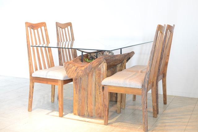 アジアン家具KAJA古木のダイニングテーブル