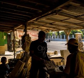 アジアン家具KAJAインドネシアの工房