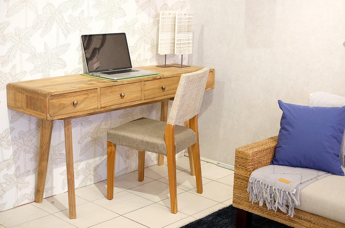 アジアン家具KAJA自宅でパソコン作業できるコンソールテーブル