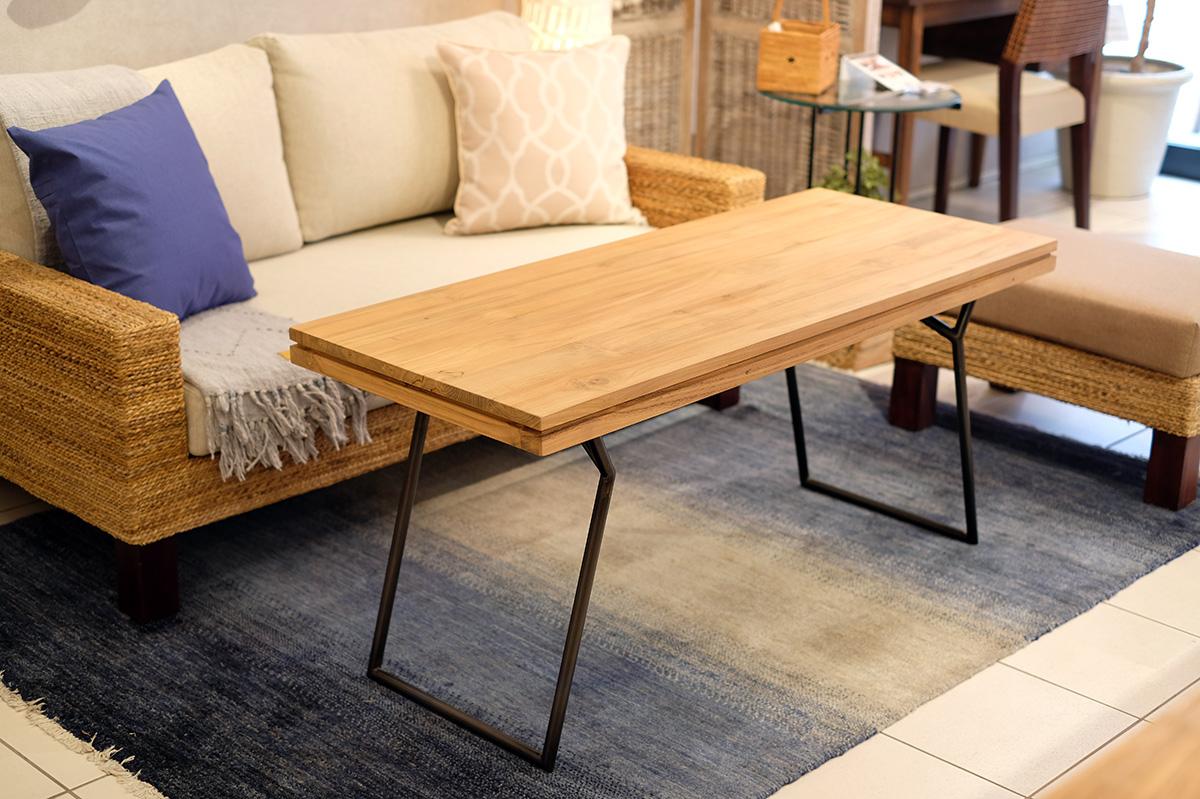 アジアン家具KAJAソファにあうリビングダイニングテーブル