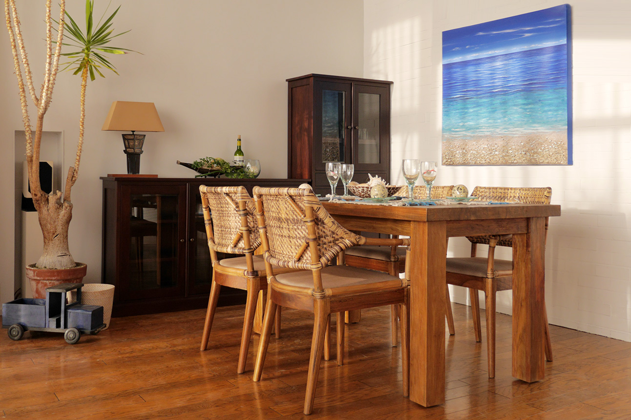 アジアン家具KAJA海のアート