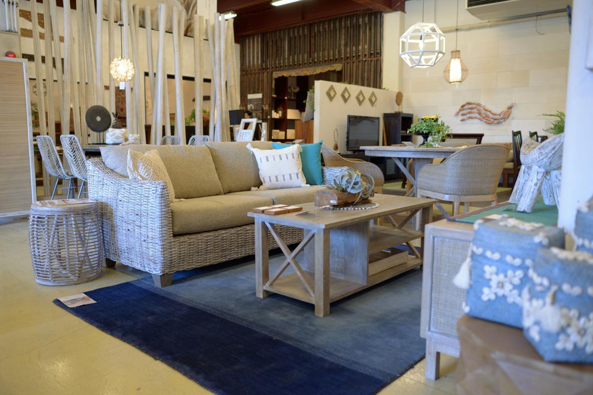 アジアン家具KAJAラメールのソファ調布店