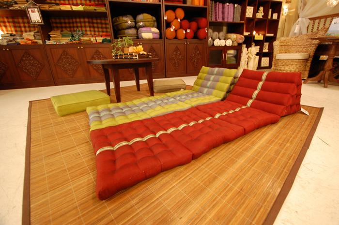 kaja-cushion140812