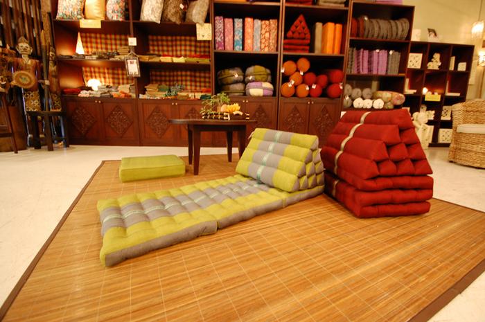 kaja-cushion1408122