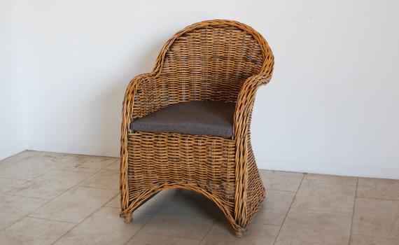 kaja-chair20140709.jpg